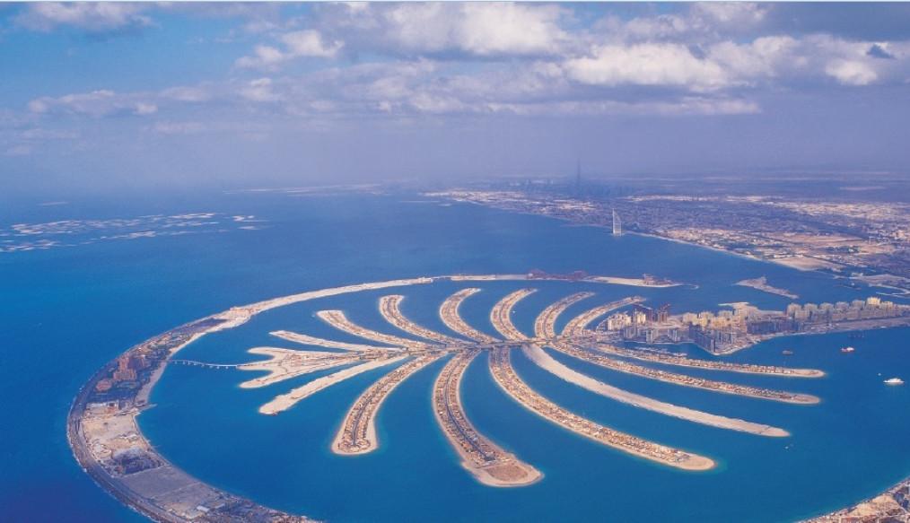 Quần đảo nhân tạo Cây cọ, tổ hợp của hàng trăm khách sạn sang trọng, khu biệt thự cao cấp và các căn hộ ven biển độc quyền.