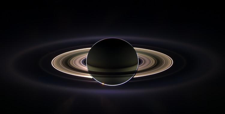 Hình ảnh sao Thổ do Cassini chụp vào năm 2015.