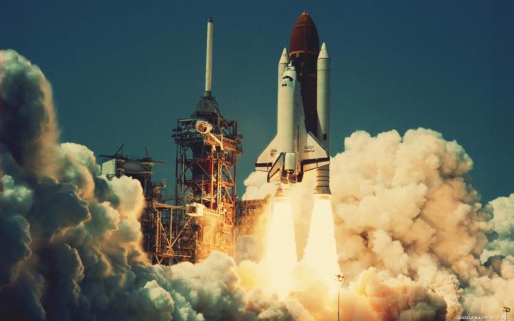 Muốn đẩy một quả tên lửa lên quỹ đạo Trái đất, nó phải đạt đến tốc độ ít nhất là 10km/s.