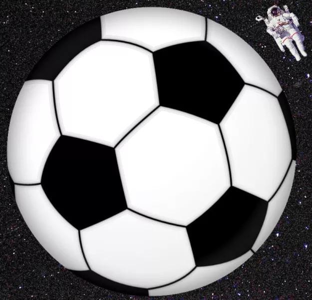 Thì kể từ khi con người đặt chân lên Mặt trăng, chưa có bất kỳ ai rời khỏi mặt đất quá 2cm.