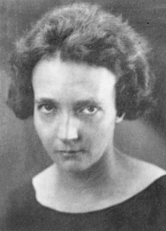 Nhà hóa học Irene Curie-Joliot