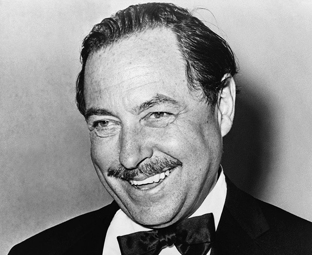 Chết vì nắp chai thuốc nhỏ mắt. Tennessee Williams là một trong những nhà viết kịch vĩ đại nhất của sân khấu nước Mỹ.