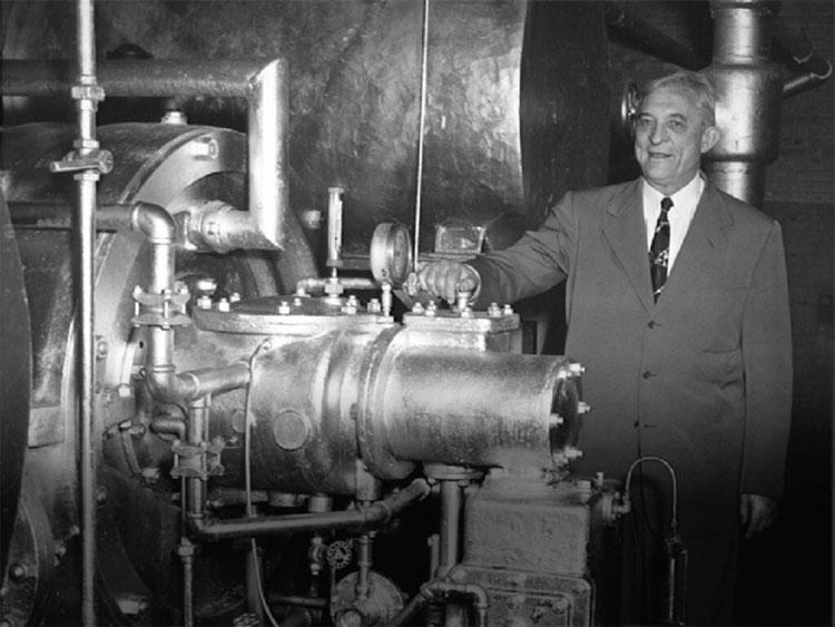 Ông Willis Carrier đã cải tiến máy điều hòa.