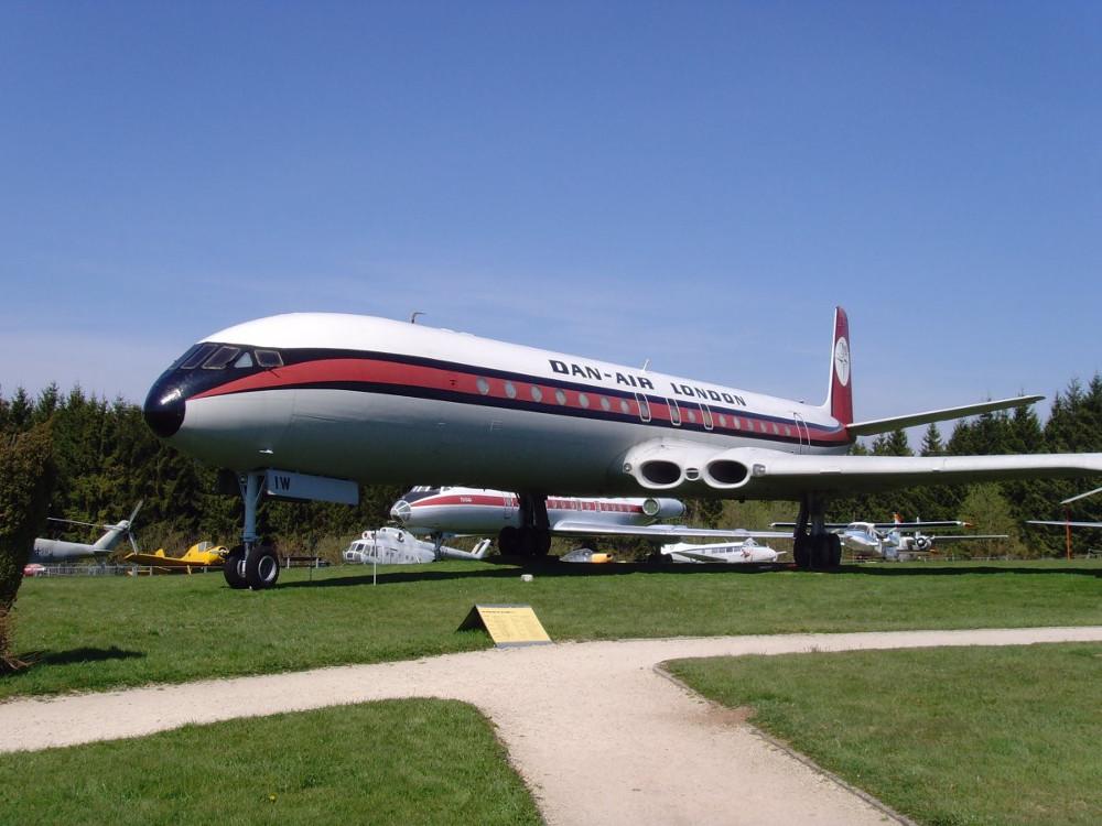 heo nhà sản xuất, 747 có thể chở 3.400 kiện hành lý và có thể được dỡ toàn bộ hành lý chỉ trong bảy phút.