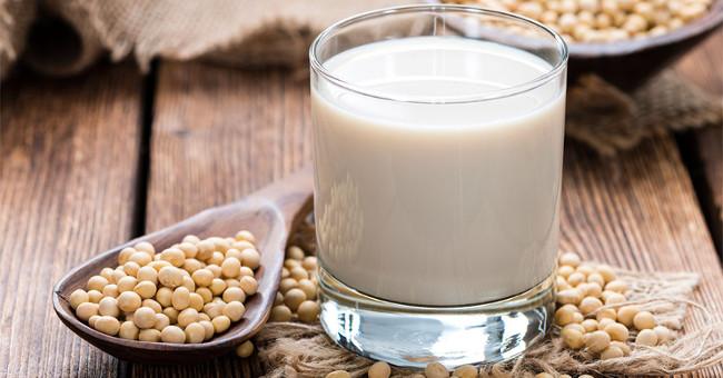 Sức khỏe đời sống-Cấm kỵ khi uống sữa đậu nành