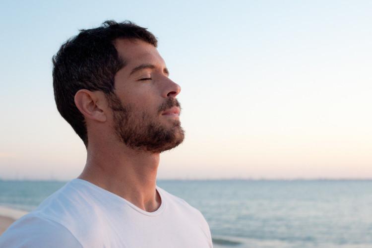 Cảm xúc tác động tới cách chúng ta thở.