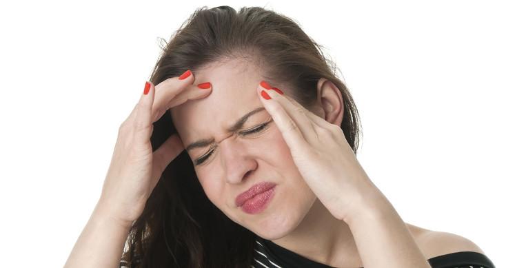 Bệnh đau nửa đầu rất khó chữa, triệu chứng lại rất nhiều.