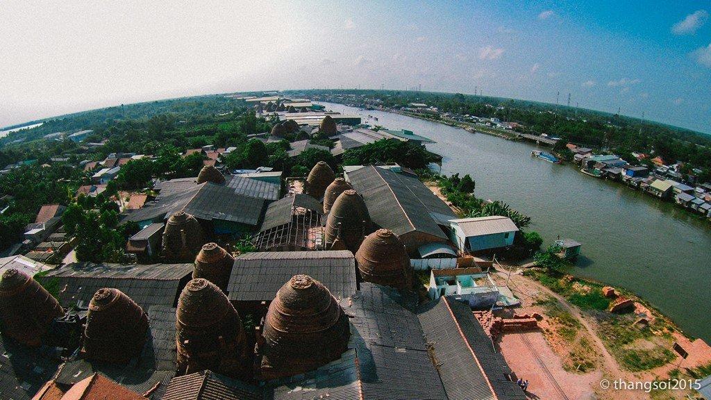 Một góc bên sông thuộc thành phố Sa Đéc (Đồng Tháp).