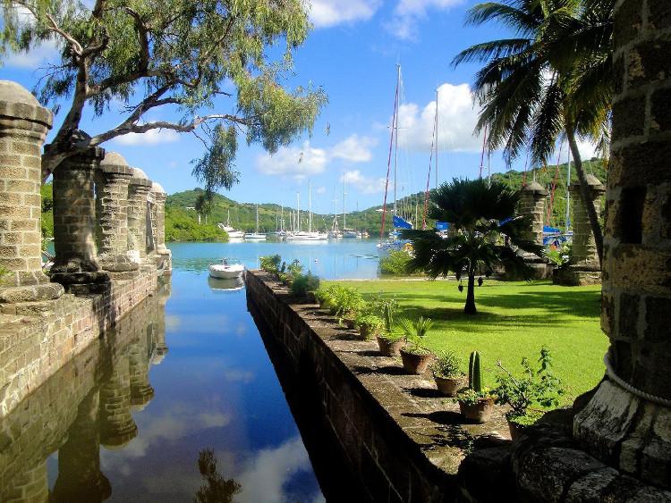 Đây là xưởng tàu của Anh trong suốt khoảng thời gian các nước châu Âu giành quyền kiểm soát phía đông Caribbean.