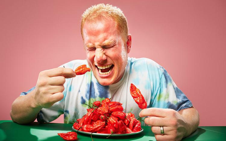Tại sao ăn cay lại toát mồ hôi? - KhoaHoc.tv