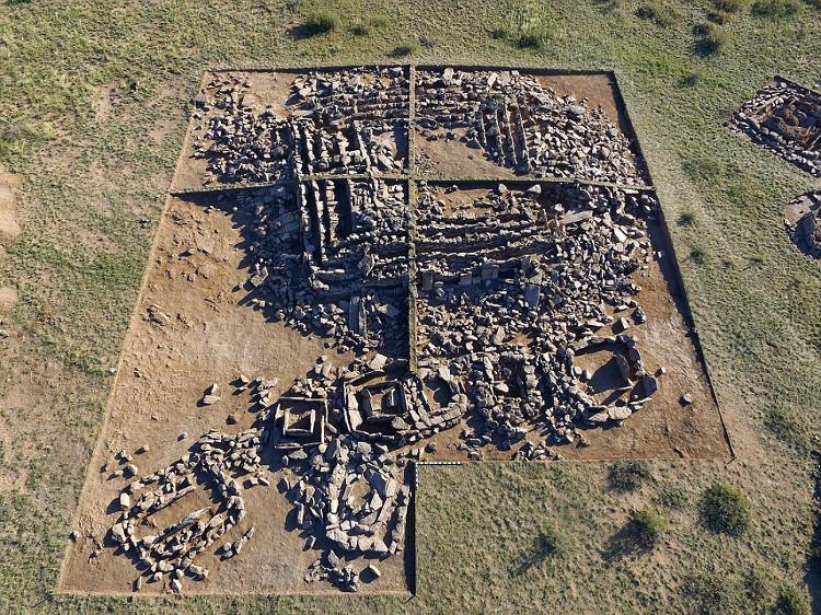 Những di chỉ còn lại của Kim tự tháp Kazakhstan.