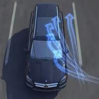 Nhờ công nghệ này, xe Mercedes-Benz không sợ gió tạt ngang