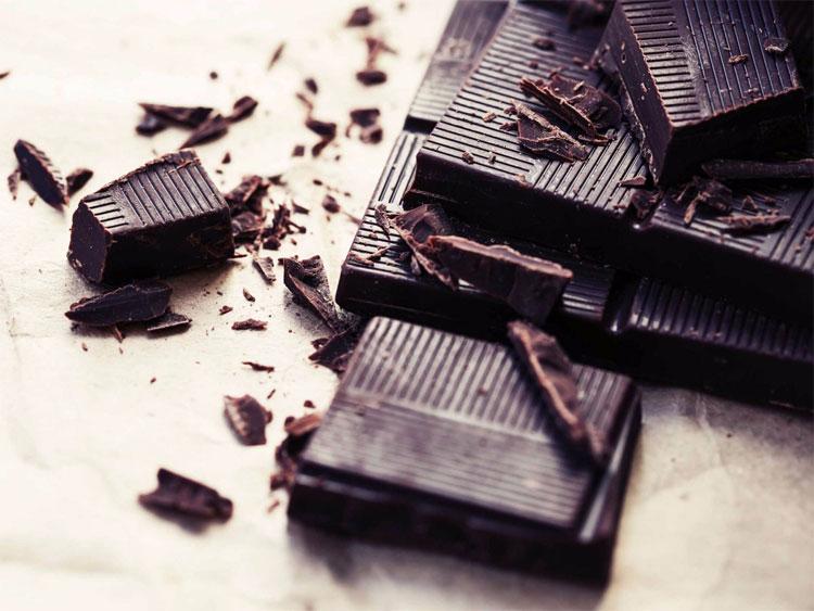Chocolate không lên quan gì đến việc nổi mụn như mọi người tưởng.