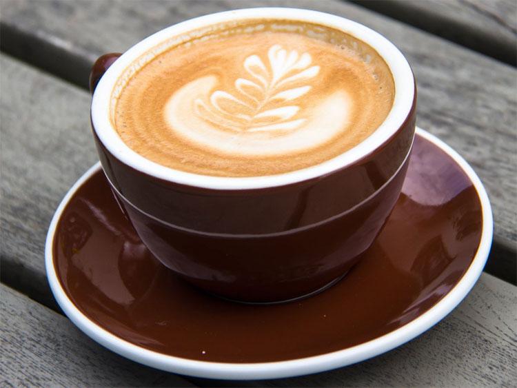 Việc tăng lượng tiêu thụ cà phê có thể hạn chế chút ít hấp thu canxi trong cơ thể.