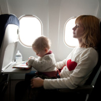 Nơi bẩn nhất bên trong máy bay không phải toilet