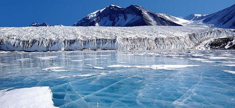Từ trước đến nay các chuyên gia vẫn mặc định rằng khu vực Đông Nam Cực vốn miễn nhiễm với tác động từ biến đổi khí hậu.