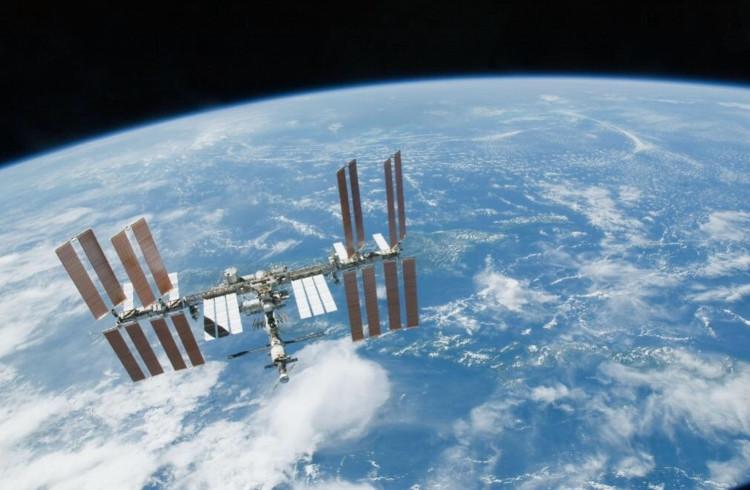 ISS bắt đầu được xây dựng từ năm 2000 và đã trải qua hơn 16 năm sống trong môi trường khắc nghiệt ngoài quỹ đạo.
