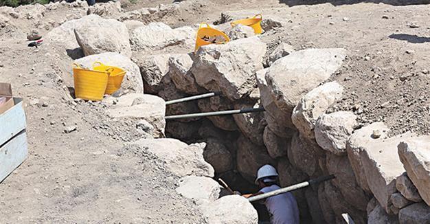 Đường hầm bí mật 2300 năm tuổi của người Hittites được tìm thấy ở Thổ Nhĩ Kỳ.