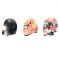 Video: Lịch sử phát triển của chiếc mũ bảo hiểm xe đua