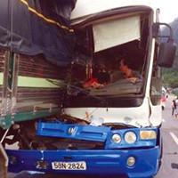 Cú đỡ xe khách mất phanh trên đèo dưới góc nhìn khoa học
