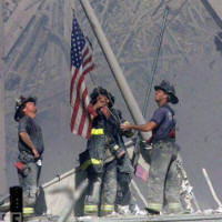 Tiết lộ về lá cờ biểu tượng tinh thần kiên cường ngày 11/9
