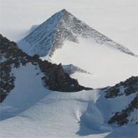 Vì sao chúng ta không thể khai quật những kim tự tháp ở Nam Cực?
