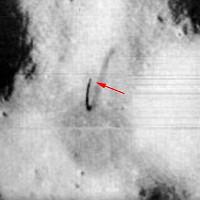 Vật thể giống ăng-ten cao 5.000m trên Mặt Trăng
