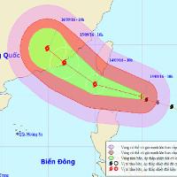 Siêu bão giật trên cấp 17 đang tiến vào Biển Đông