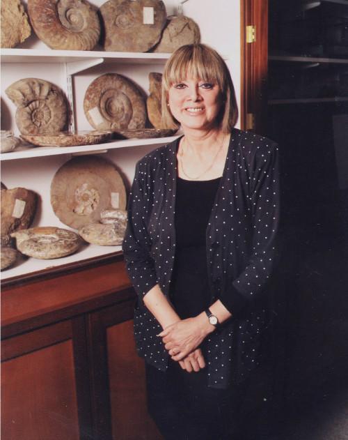 Chân dung giáo sư Jane Plant.