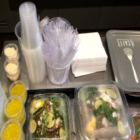 Pháp là nước đầu tiên cấm bán các loại cốc, đĩa... bằng nhựa vì lý do môi trường