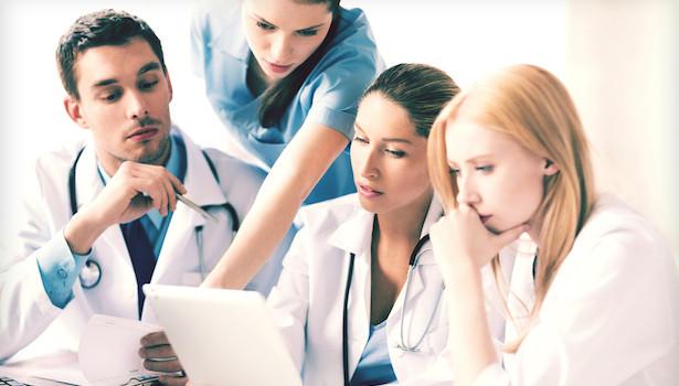 Kháng kháng sinh là một vấn đề không thể được giải quyết bởi các bác sĩ hay bệnh viện đơn lẻ.