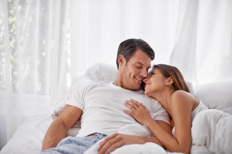 Liệu pháp chiếu đèn giúp tăng lượng hormone testosterone ở đàn ông.