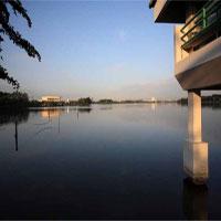 Bangkok giăng 1682 kênh mương và 25 khu trữ lũ chống ngập