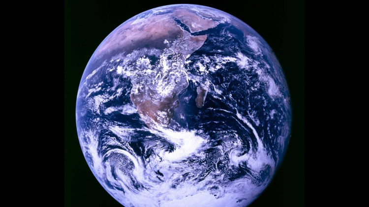 Qua hàng ngàn năm, toàn bộ lượng oxy trong khí quyển sẽ được chuyển thành nước và sau đó trở lại làm khí oxy.