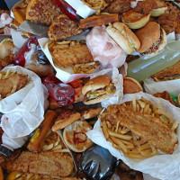"""Những bữa ăn khiến loài người đang """"chết dần chết mòn"""""""
