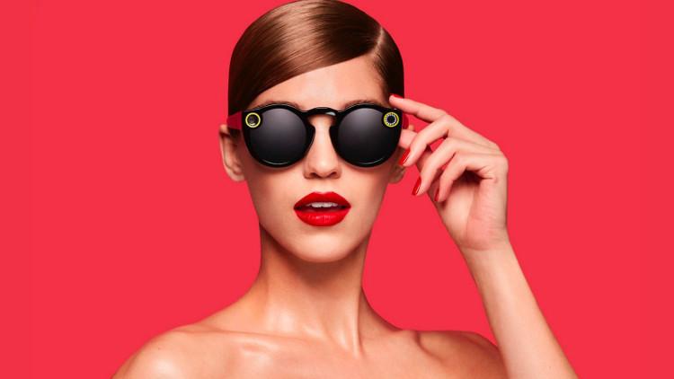Kính râm thông minh Spectacles đang được kỳ vọng sẽ tạo nên làn sóng hâm mộ mới.