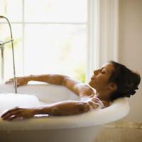 Khoa học chứng minh: Tắm càng lâu và càng nhiều chứng tỏ bạn đang cô đơn