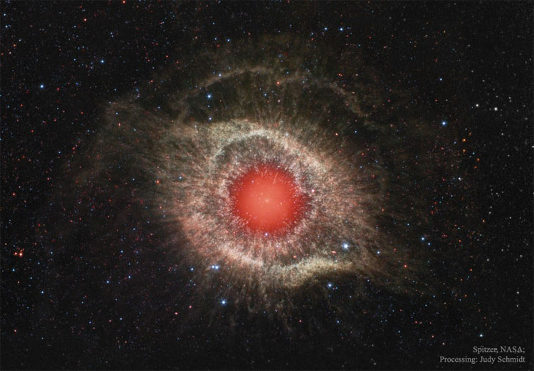 Tinh vân Helix trong ảnh chụp từ kính viễn vọng vũ trụ Splitzer.