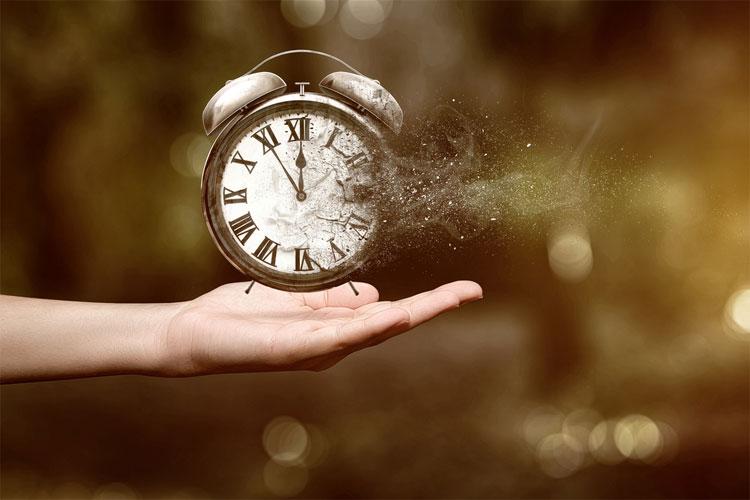 Barbour nghĩ rằng khái niệm thời gian có thể tương tự như khái niệm integer (số nguyên).Barbour nghĩ rằng khái niệm thời gian có thể tương tự như khái niệm integer (số nguyên).