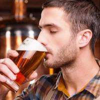 6 sai lầm khi uống rượu bia