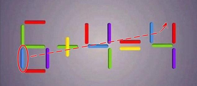 Biến số 6 thành số 5 bằng cách di chuyển que diêm màu xanh, sau đó đặt nó lên đầu số 4 ở kết quả.