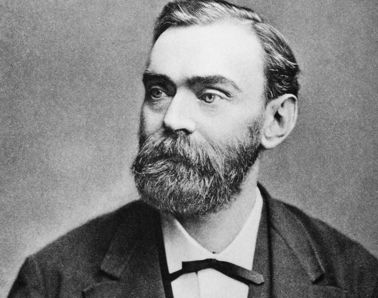 Nhà sáng chế, nhà hóa học, kỹ sư người Thụy Điển Alfred Nobel.