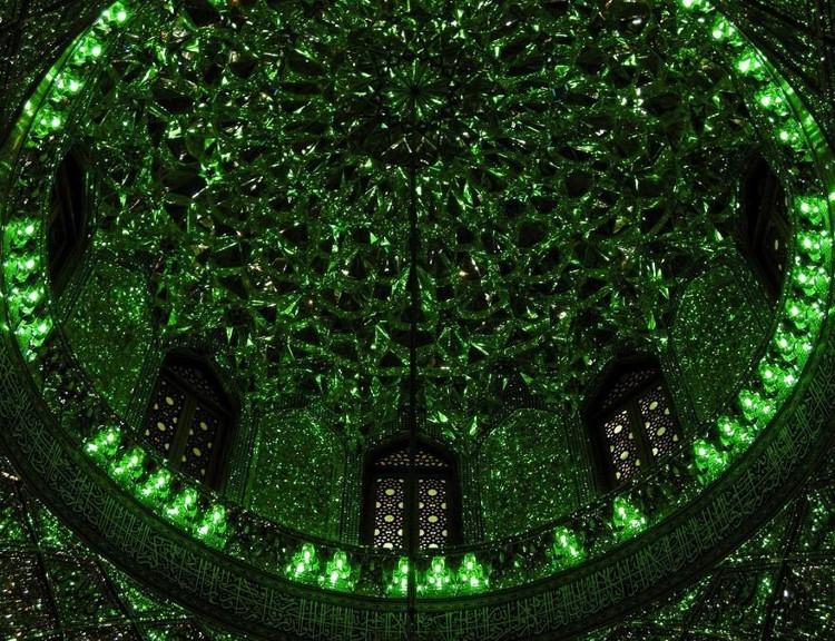 Đáng tiếc, chỉ những du khách người Hồi Giáo mới có cơ hội mục sở thị lăng mộ này mà thôi.
