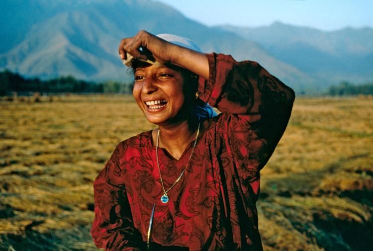 Nụ cười của cô gái Kashmir.