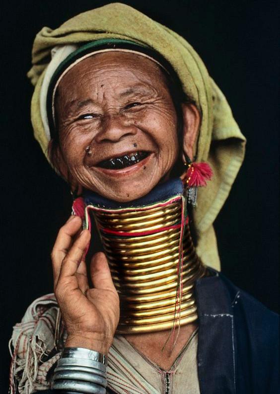 Một phụ nữ người Myanmar.