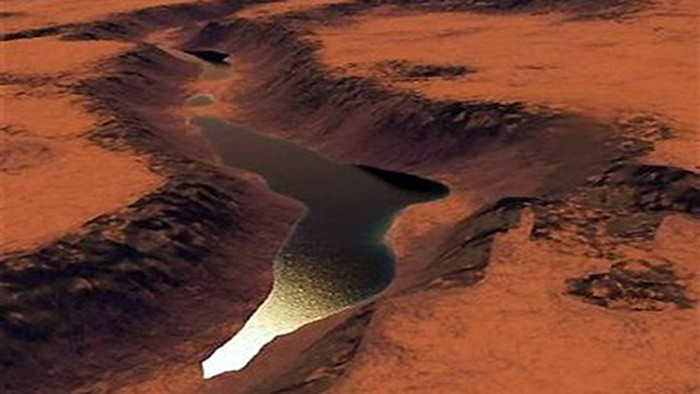 Nước ở dạng lỏng tìm thấy trên sao Hỏa.