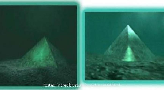 Kim tự tháp pha lê này có nền móng dài 300m, cao 200m.