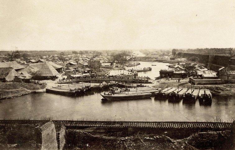 Trong ảnh là kênh Đại Vận Hà, con kênh nhân tạo lâu đời và dài nhất trên thế giới.