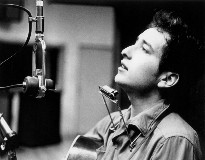 Ông lấy tên Dylan theo tên của nhà thơ nổi tiếng Dylan Thomas