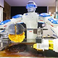 Nhật Bản: Robot cũng biết làm sushi, rán bánh xèo